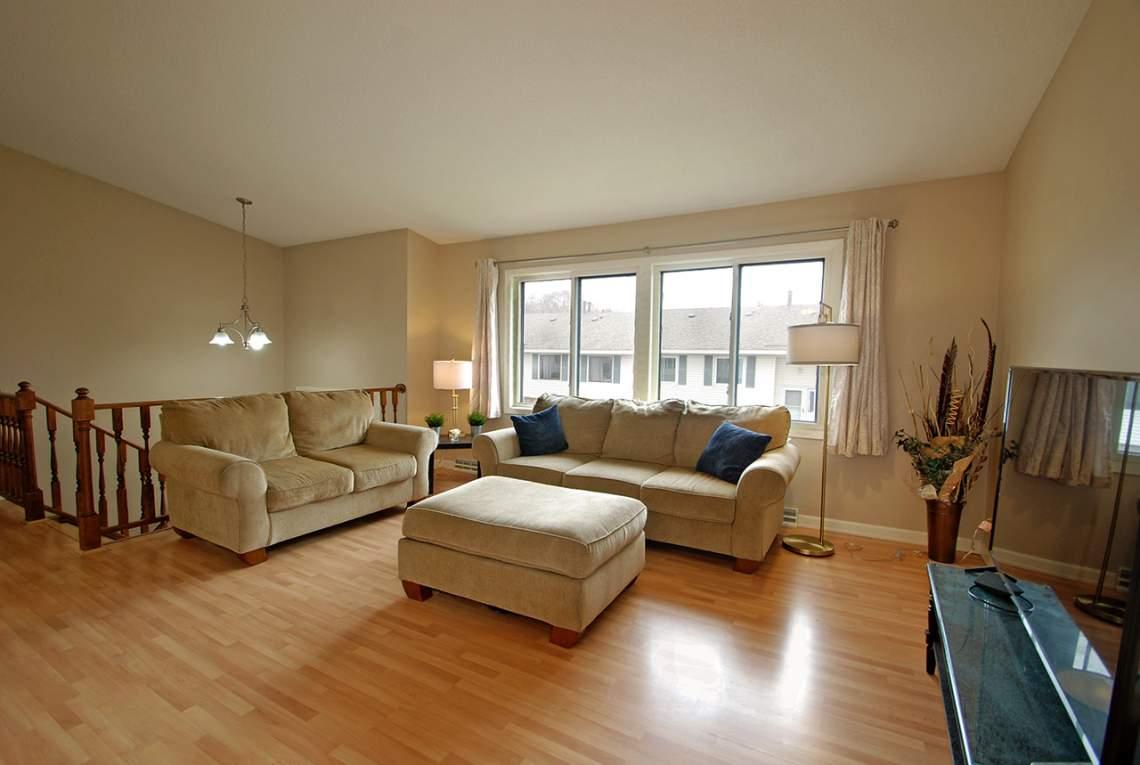 Living-Room-Entry
